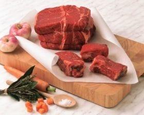 Le boeuf bourguignons est une viande couper en morceaux de 0.80 grs